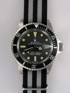 Rolex SUBMARINER Black Dail Black Bezel Yellow H